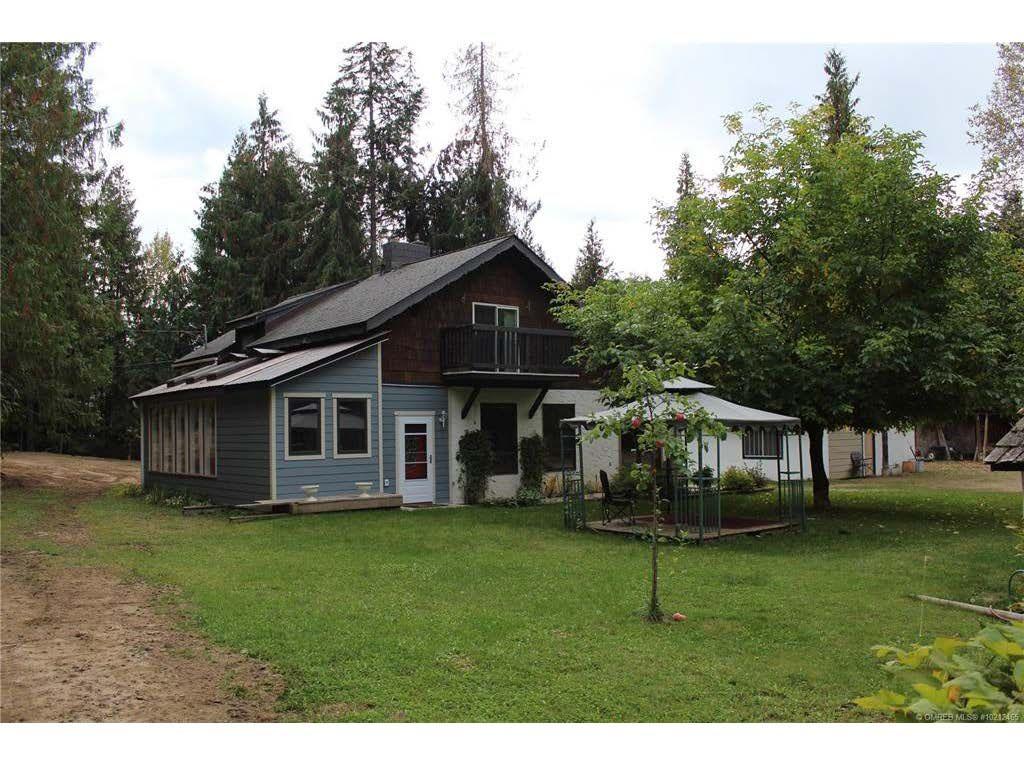 Main Photo: 8416 Black Road in Salmon Arm: SESA - SE Salmon Arm House for sale (Shuswap / Revelstoke)  : MLS®# 10212465