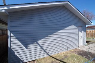 Photo 40: 367 Pinewind Road NE in Calgary: Pineridge Detached for sale : MLS®# A1094790