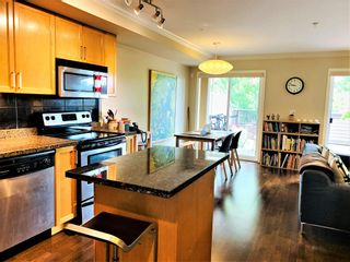 """Photo 6: 1119 ST. ANDREWS Avenue in North Vancouver: Central Lonsdale Townhouse for sale in """"St.Andres Gardens"""" : MLS®# R2591392"""
