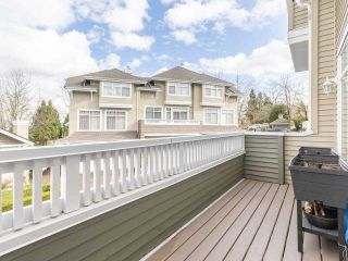 "Photo 11: 27 5240 OAKMOUNT Crescent in Burnaby: Oaklands Townhouse for sale in ""SANTA CLARA"" (Burnaby South)  : MLS®# R2542341"