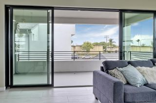 Photo 9: IMPERIAL BEACH House for sale : 4 bedrooms : 376 Imperial Beach Blvd