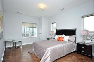 Photo 6: 08 200 E Burnhamthorpe Road in Mississauga: Mississauga Valleys Condo for sale : MLS®# W2560761