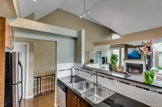 Photo 5: 795 W 15TH Avenue in Vancouver: Fairview VW Townhouse for sale (Vancouver West)  : MLS®# R2302341