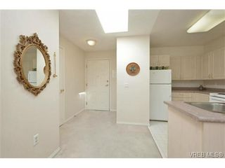 Photo 6: 311 1485 Garnet Rd in VICTORIA: SE Cedar Hill Condo for sale (Saanich East)  : MLS®# 727717