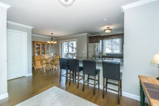 """Photo 7: 26 6238 192 Street in Surrey: Cloverdale BC Townhouse for sale in """"Bakerview Terrace"""" (Cloverdale)  : MLS®# R2248106"""