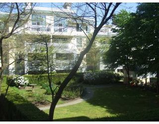 Main Photo: 203 5835 HAMPTON Place in Vancouver: University VW Condo for sale (Vancouver West)  : MLS®# V770109