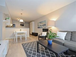 Photo 3: 106 827 North Park St in VICTORIA: Vi Central Park Condo for sale (Victoria)  : MLS®# 752664