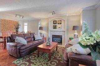 Photo 4: 4755 TERWILLEGAR CM NW in Edmonton: Zone 14 Townhouse for sale : MLS®# E4134773