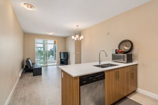 """Photo 7: PH18 2889 E 1ST Avenue in Vancouver: Hastings Condo for sale in """"FIRST & RENFREW"""" (Vancouver East)  : MLS®# R2486160"""