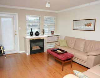 """Photo 3: 410 1591 BOOTH Avenue in Coquitlam: Maillardville Condo for sale in """"LE LAURENTIAN"""" : MLS®# V751480"""