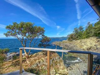 Photo 6: WEST TRAIL ISLAND in Halfmoon Bay: Sechelt District House  (Sunshine Coast)  : MLS®# R2498445