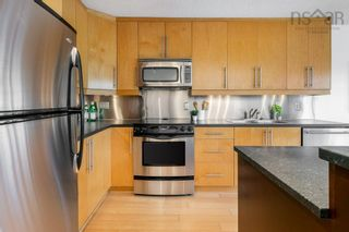 Photo 10: 404 990 McLean Street in Halifax: 2-Halifax South Residential for sale (Halifax-Dartmouth)  : MLS®# 202120878