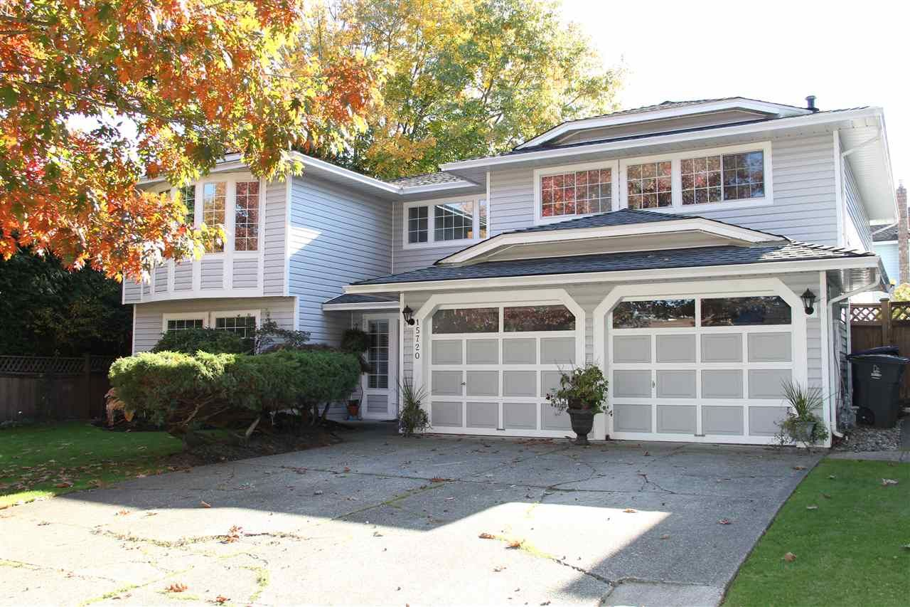 "Main Photo: 15720 95 Avenue in Surrey: Fleetwood Tynehead House for sale in ""Bel-Air Estates"" : MLS®# R2359980"