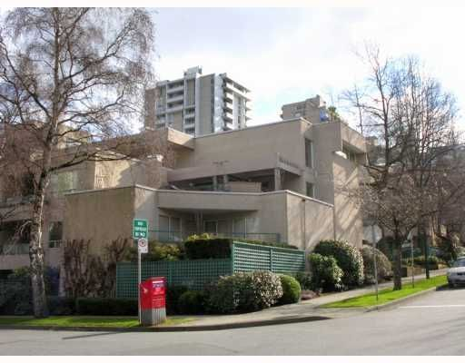 "Main Photo: 407 1345 COMOX Street in Vancouver: West End VW Condo for sale in ""TIFFANY COURT"" (Vancouver West)  : MLS®# V755728"