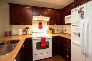 "Photo 9: 5 6568 193B Street in Surrey: Clayton Townhouse for sale in ""Belmont"" (Cloverdale)  : MLS®# R2052017"