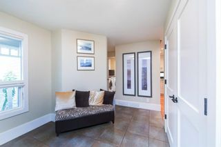Photo 4: 44 Strathlorne Crescent SW in Calgary: Strathcona Park Detached for sale : MLS®# A1145486