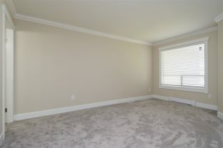 """Photo 10: 304 1459 BLACKWOOD Street: White Rock Condo for sale in """"CHARTWELL"""" (South Surrey White Rock)  : MLS®# R2393628"""