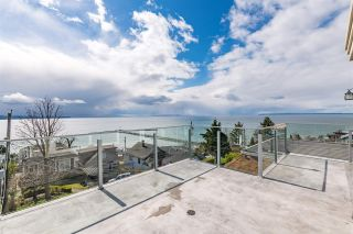 """Photo 1: 15141 COLUMBIA Avenue: White Rock House for sale in """"WHITE ROCK HILLSIDE"""" (South Surrey White Rock)  : MLS®# R2449105"""