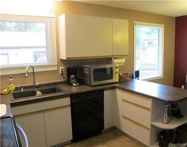 Photo 5: Photos:  in Winnipeg: East Kildonan Residential for sale (3E)  : MLS®# 1721329