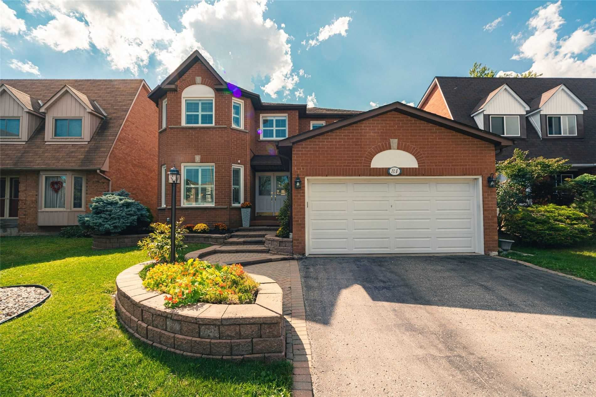 Main Photo: 84 Forest Heights Street in Whitby: Pringle Creek House (2-Storey) for sale : MLS®# E5364099