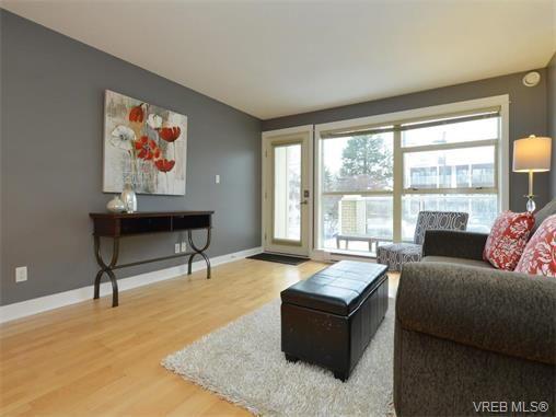 Photo 5: Photos: 201 1155 Yates St in VICTORIA: Vi Downtown Condo for sale (Victoria)  : MLS®# 750454