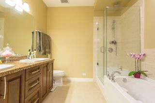 """Photo 12: 120 20738 84 Avenue in Langley: Willoughby Heights Townhouse for sale in """"YORKSON CREEK"""" : MLS®# R2099143"""