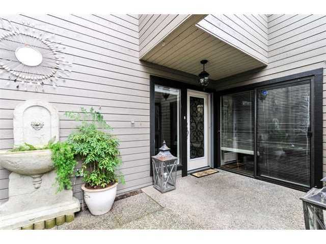 Main Photo: 3693 NICO WYND Drive in Surrey: Elgin Chantrell Home for sale ()  : MLS®# F1430557