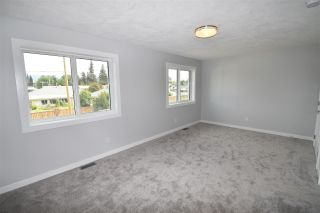 Photo 12: 4044 2ND Avenue in Smithers: Smithers - Town 1/2 Duplex for sale (Smithers And Area (Zone 54))  : MLS®# R2480712