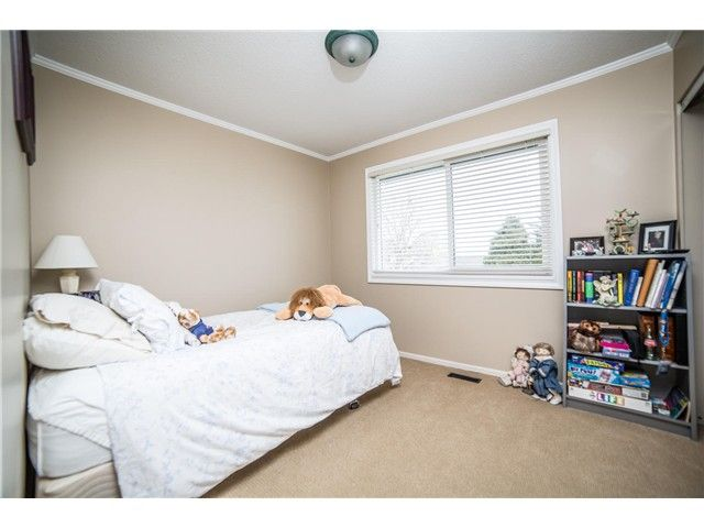 Photo 8: Photos: 5383 PATON DR in Ladner: Hawthorne House for sale : MLS®# V1110971