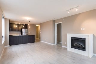 """Photo 4: 1107 39 SIXTH Street in New Westminster: Downtown NW Condo for sale in """"QUANTUM"""" : MLS®# R2371765"""