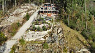 "Photo 4: 4227 JOHNSTON HEIGHTS Drive in Garden Bay: Pender Harbour Egmont House for sale in ""Daniel Point"" (Sunshine Coast)  : MLS®# R2562184"