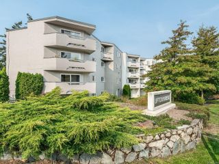 Photo 18: 407 3800 Quadra St in : SE Quadra Condo for sale (Saanich East)  : MLS®# 857235