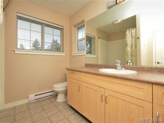 Photo 11: 863 McCallum Rd in VICTORIA: La Florence Lake House for sale (Langford)  : MLS®# 694367