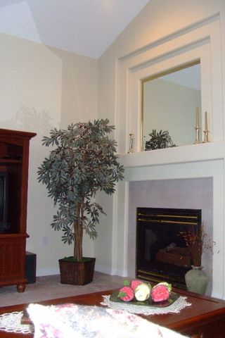 Photo 4: 36222 CASSANDRA Drive in Abbotsford: Abbotsford East House for sale : MLS®# F2625170