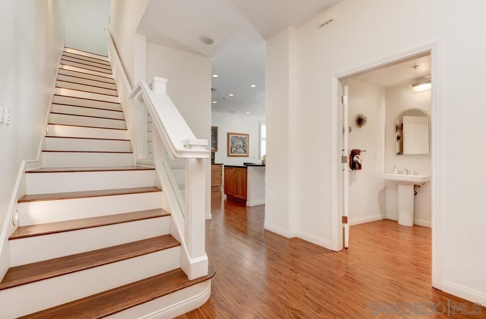 Main Photo: Townhouse for sale : 2 bedrooms : 110 W Island Ave in SAN DIEGO