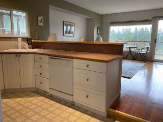 "Photo 7: 312 MUNROE Avenue: Cultus Lake House for sale in ""Cultus Lake Park"" : MLS®# R2537492"