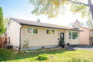 Photo 1: 91 Bright Oaks Bay in Winnipeg: Bright Oaks Residential for sale (2C)  : MLS®# 202123881