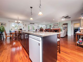 Photo 9: 5800 TURNSTONE Drive in Sechelt: Sechelt District House for sale (Sunshine Coast)  : MLS®# R2541194