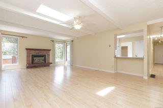 Photo 6: 3110 Woodridge Pl in : Hi Eastern Highlands House for sale (Highlands)  : MLS®# 883572