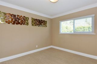 """Photo 12: 14233 MAGDALEN Avenue: White Rock House for sale in """"West White Rock"""" (South Surrey White Rock)  : MLS®# R2262291"""