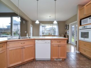 Photo 3: 3478 MONTANA DRIVE in CAMPBELL RIVER: CR Willow Point House for sale (Campbell River)  : MLS®# 777640