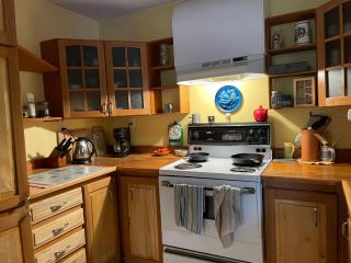 Photo 10: 113 WESCO ROAD in Ymir: House for sale : MLS®# 2461516