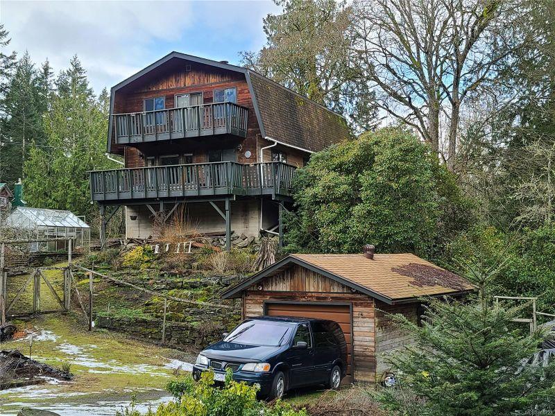 FEATURED LISTING: 2615 Gunwhale Rd