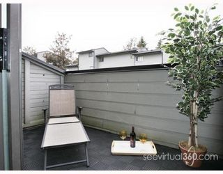 """Photo 3: 223 BALMORAL Place in Port_Moody: North Shore Pt Moody Townhouse for sale in """"BALMORAL PLACE"""" (Port Moody)  : MLS®# V775148"""