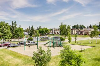 Photo 6: 1102 5305 32 Avenue SW in Calgary: Glenbrook Row/Townhouse for sale : MLS®# A1126804