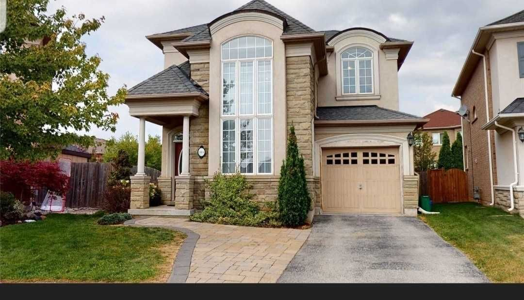 Main Photo: 3414 Robin Hill Circle in Oakville: Bronte West House (2-Storey) for lease : MLS®# W5124257