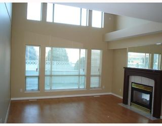 Photo 6: 18 1255 RIVERSIDE Drive in Port_Coquitlam: Riverwood Townhouse for sale (Port Coquitlam)  : MLS®# V681558