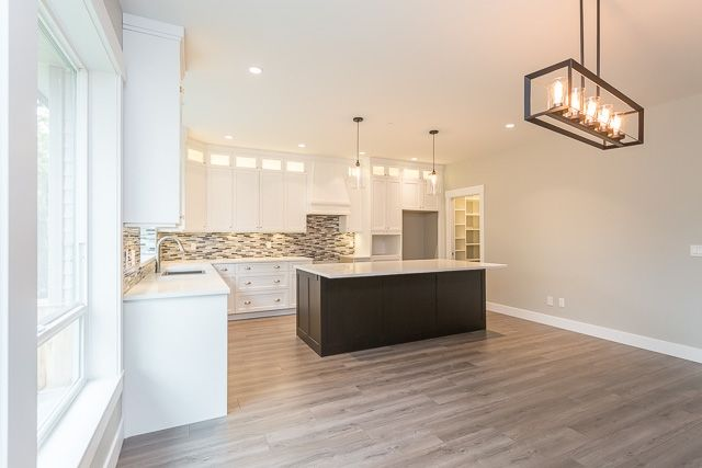 """Photo 3: Photos: 21449 121 Avenue in Maple Ridge: West Central House for sale in """"WEST MAPLE RIDGE"""" : MLS®# R2167612"""