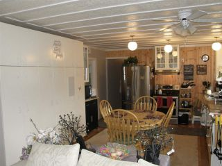 Photo 5: 12 62010 FLOOD HOPE Road in Hope: Hope Center Manufactured Home for sale : MLS®# R2556041