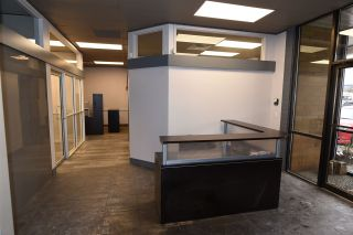 Photo 3: 101 2776 BOURQUIN Crescent in Abbotsford: Central Abbotsford Office for lease : MLS®# C8026499